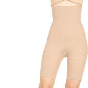 BN Spanx Sensational Shaper Buff shorts